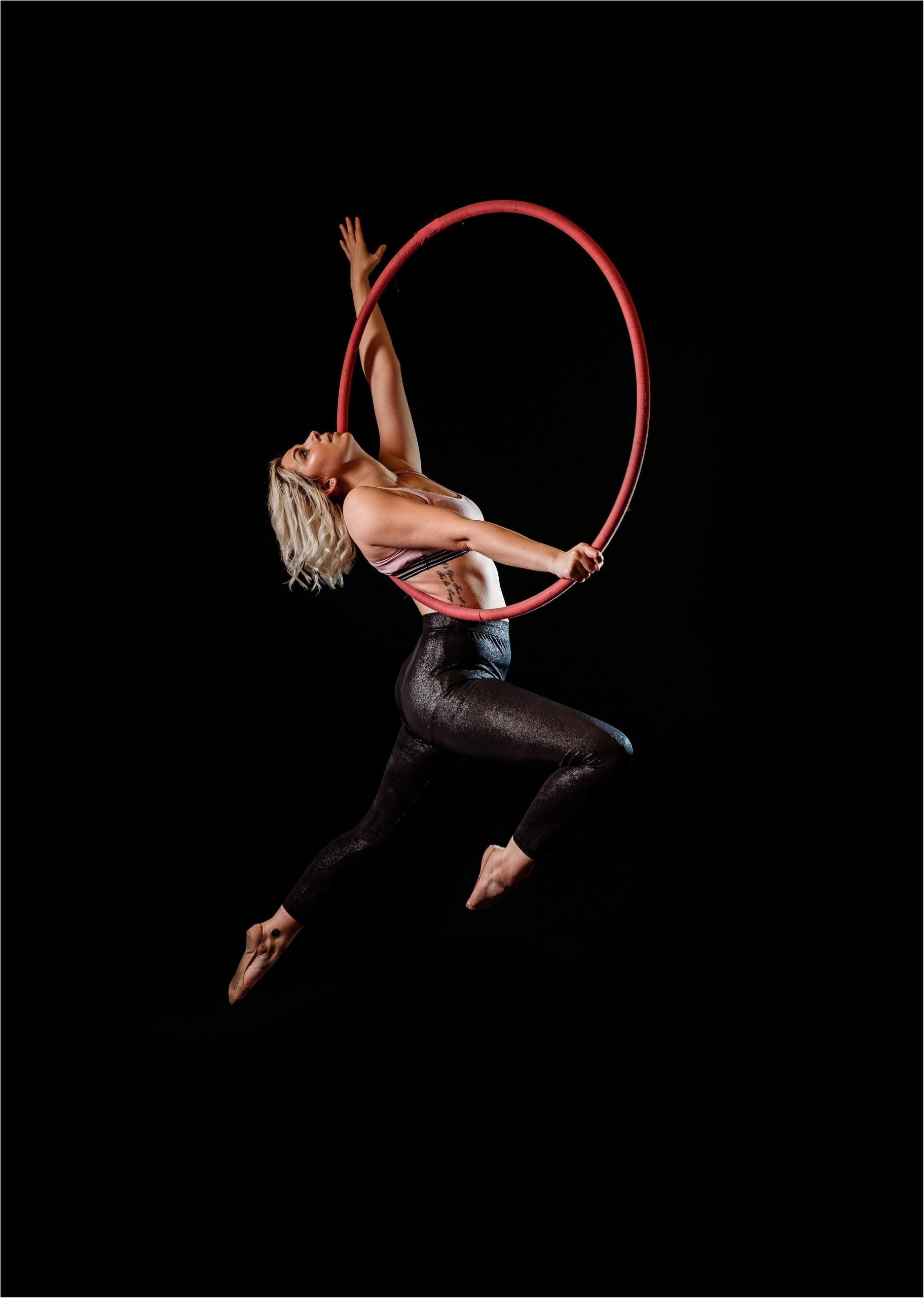 Robyn Davies Side Amazon on the Aerial Hoop